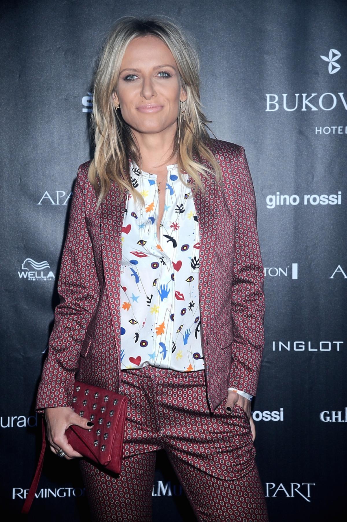 Patrycja Markowska w garniturze w kolorowe printy