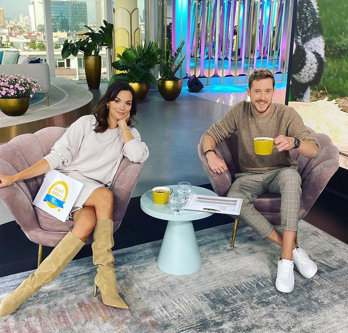 Paulina Krupińska siedzi na fotelu w Dzień Dobry TVN