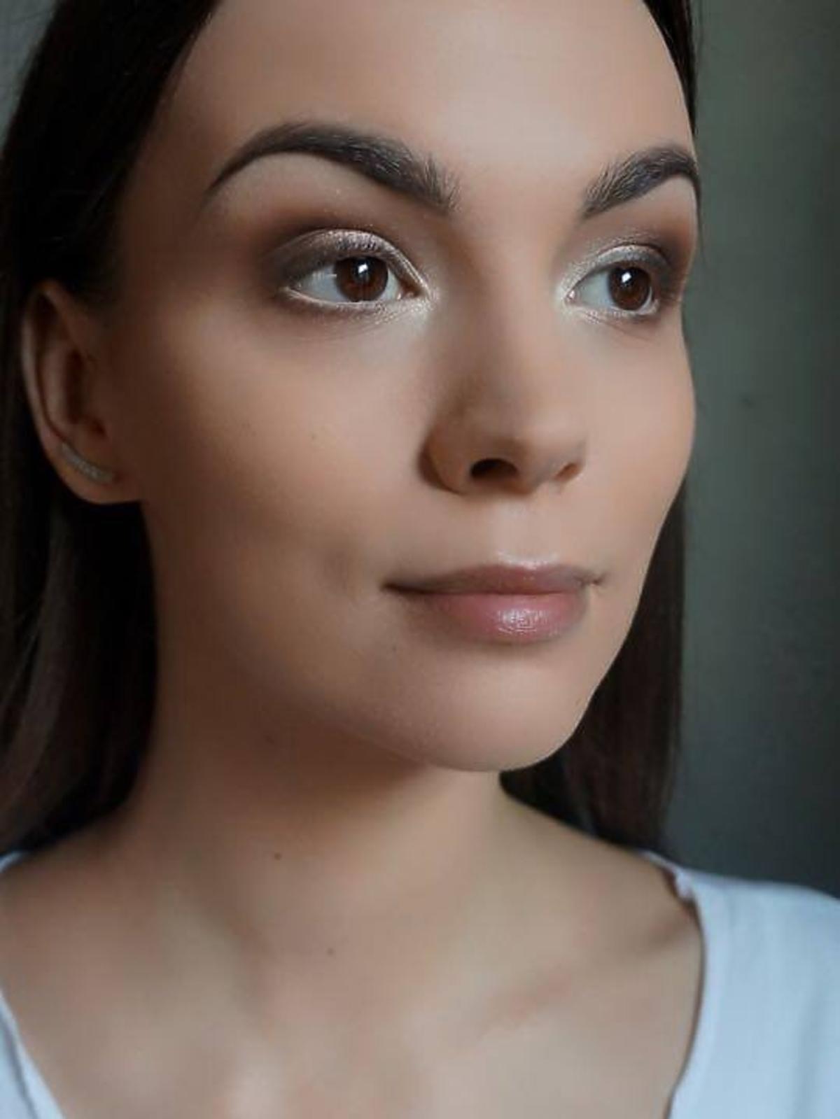 Paulina Krupińska z pomalowanymi oczami