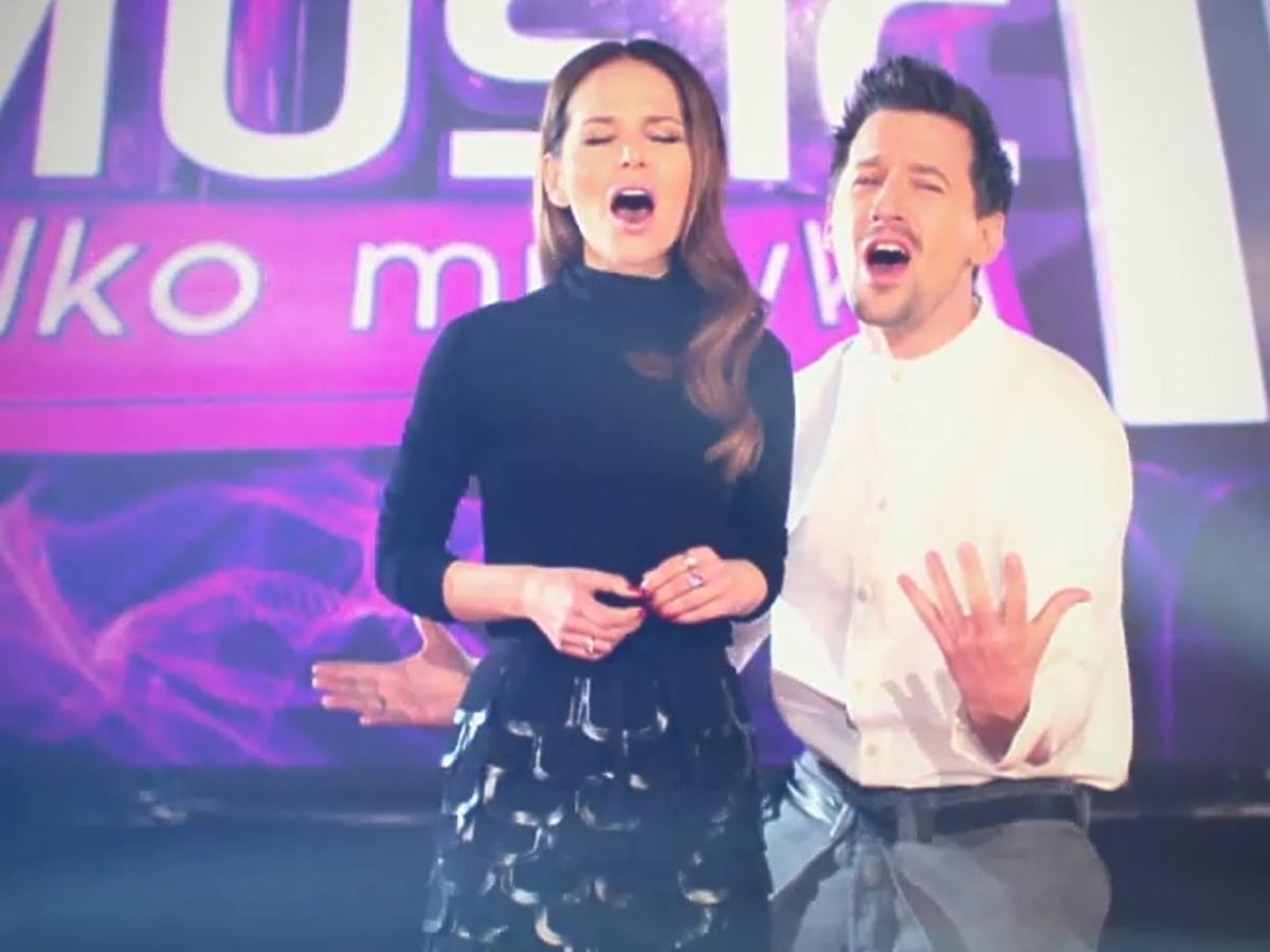 Paulina Sykut i Maciej Rock śpiewają hit Celine Dion