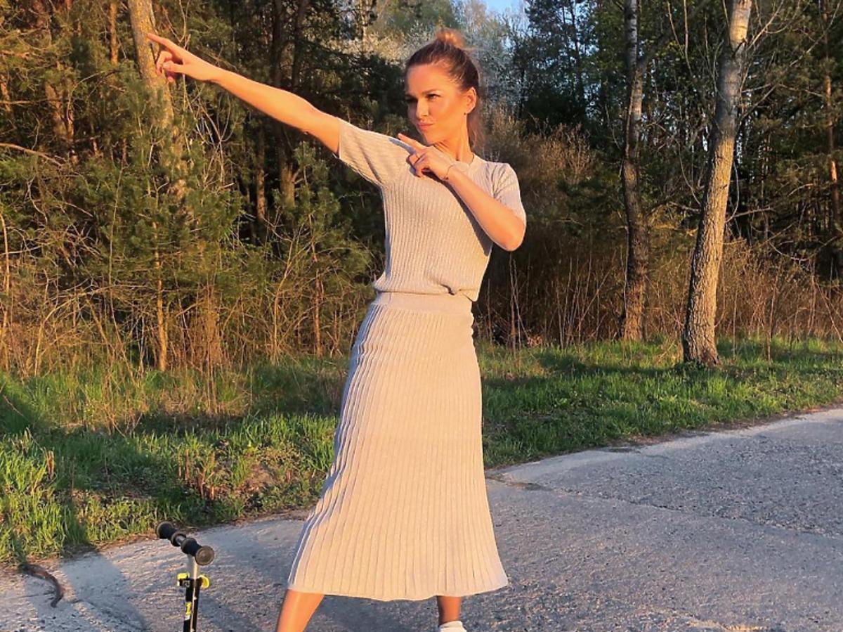 Paulina Sykut-Jeżyna w dzianinowej sukience Reserved
