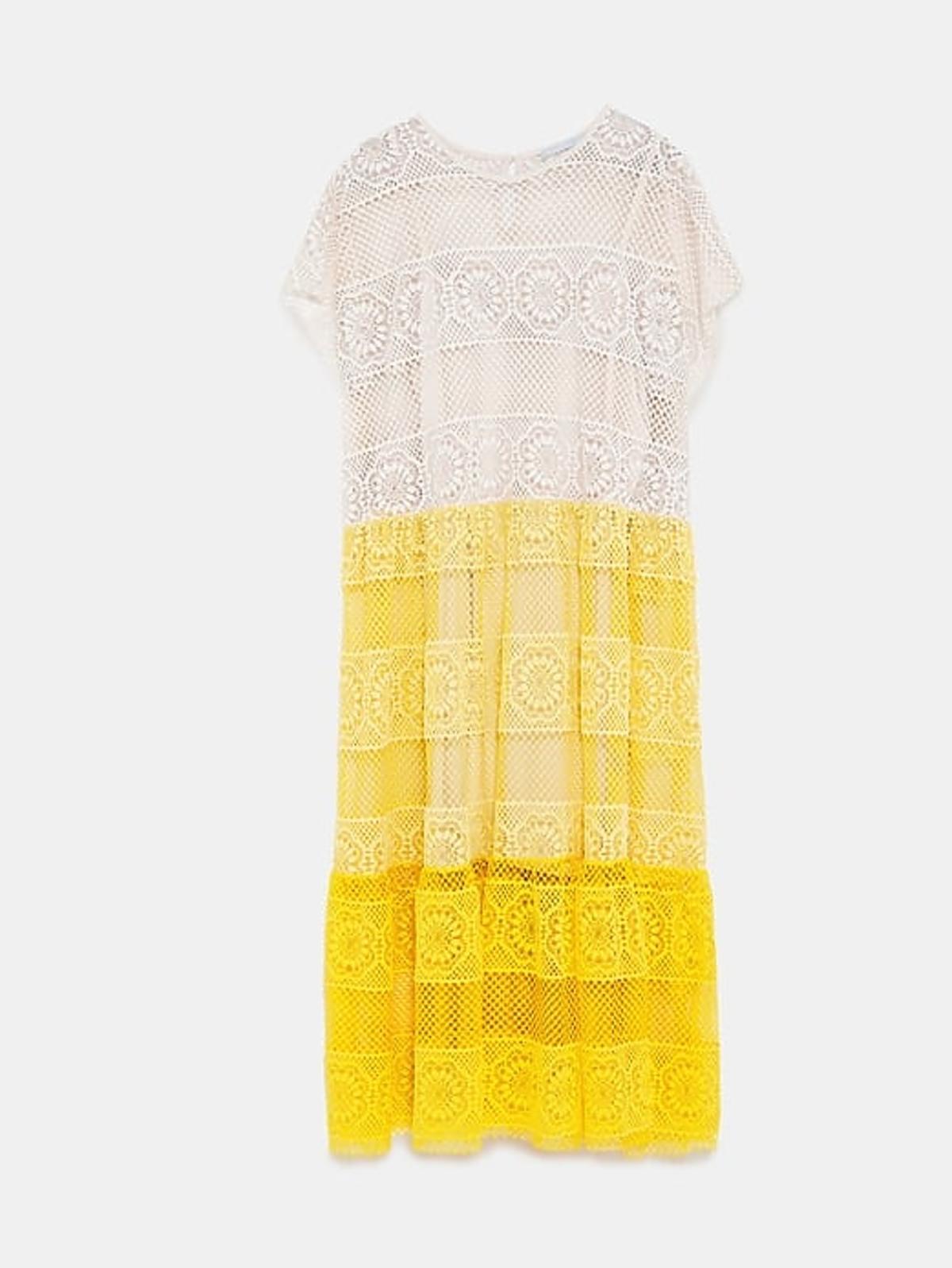 Paulina Sykut w trójkolorowej sukience z Zary