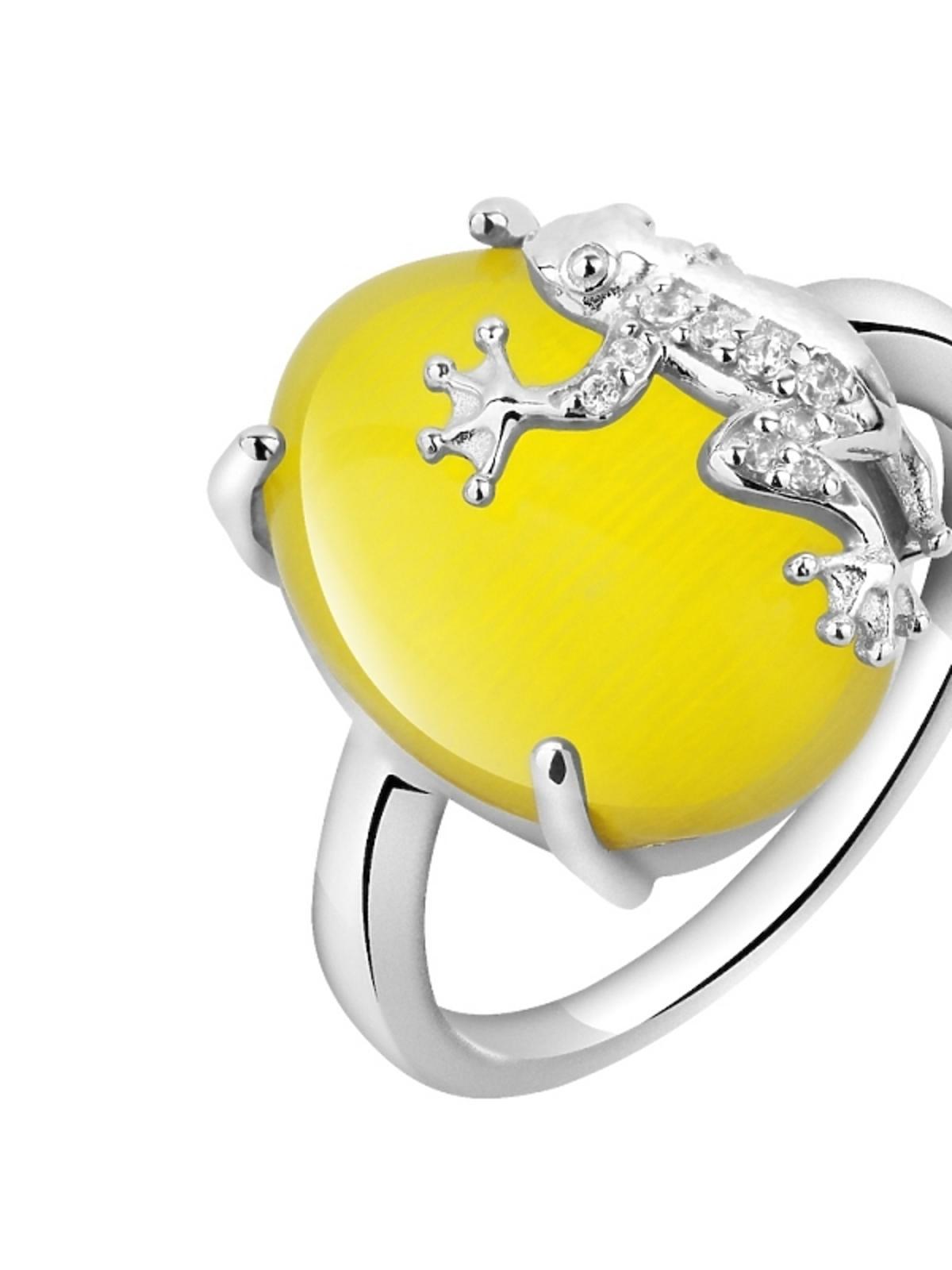 pierścionek z żabą