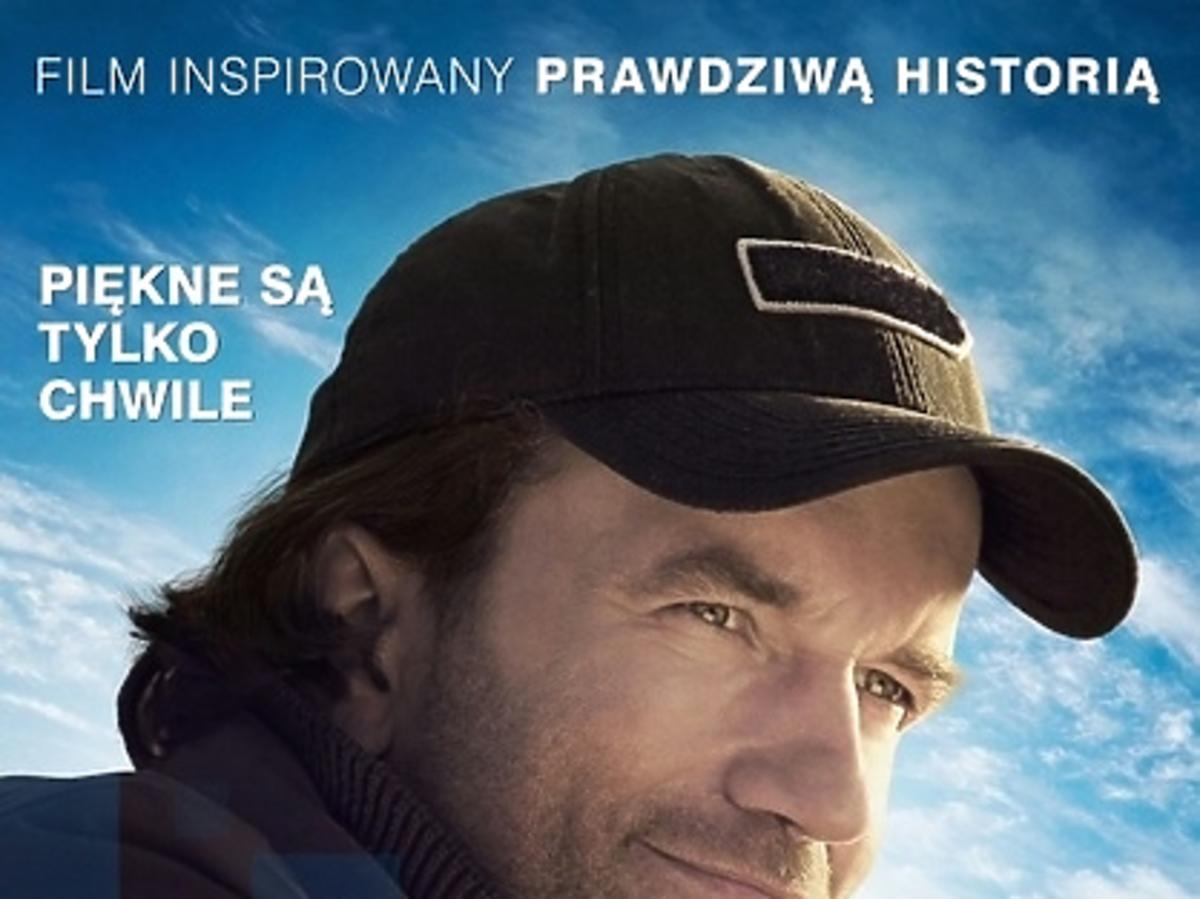 """Plakat filmu """"Żyć nie umierać"""" z Tomaszem Kotem"""