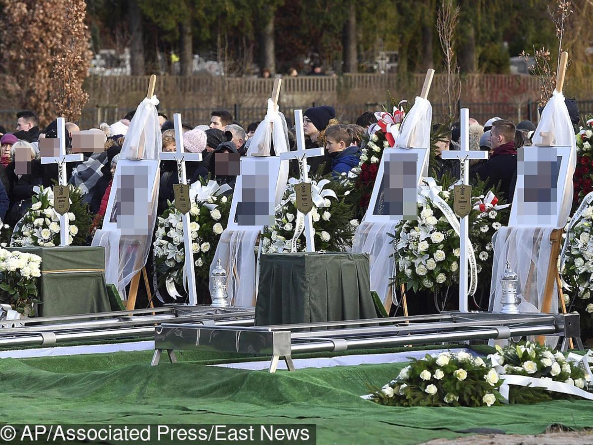 Pogrzeb dziewczynek z Koszalina