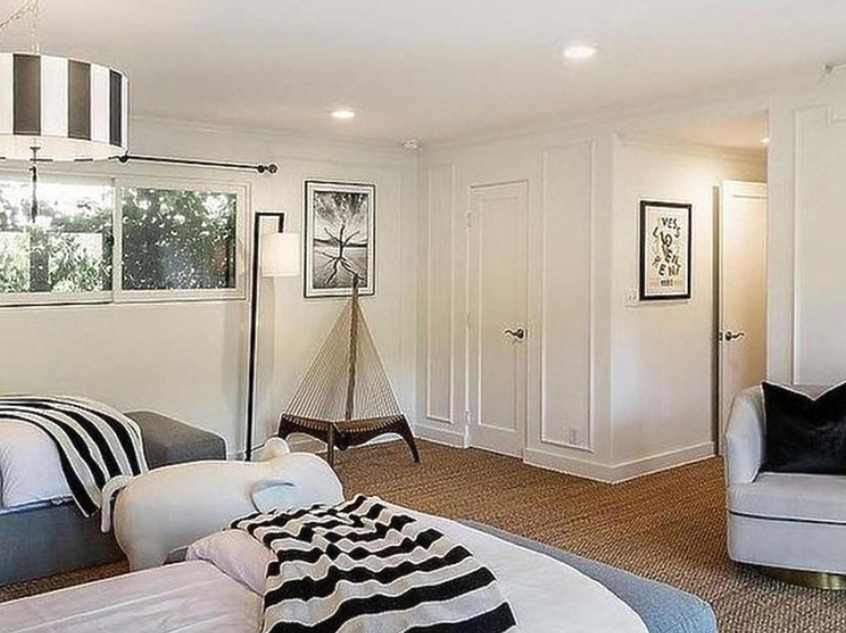 pokój dla gości w domu Jessiki Alb