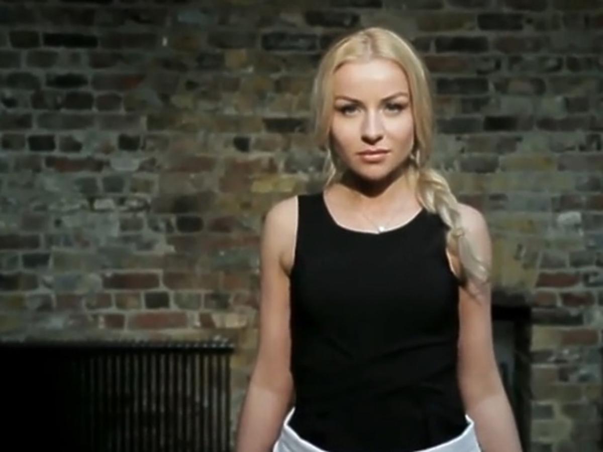 Pola Pospieszalska wspiera emigrantów w Wielkiej Brytanii
