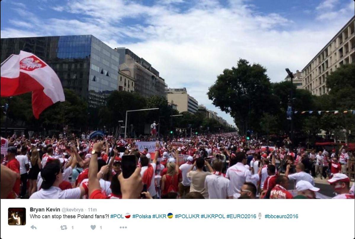 Polscy kibice w drodze na mecz z Ukrainą w Marsylii relacja na żywo Polska - Ukraina