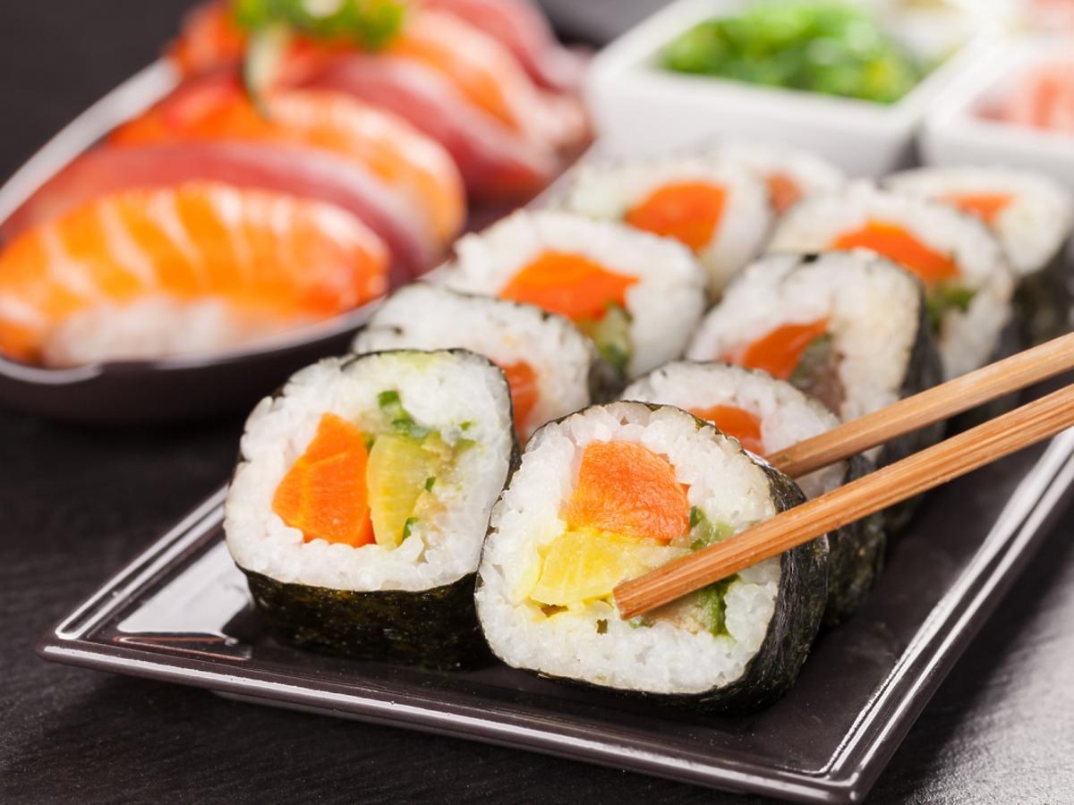 porcja sushi