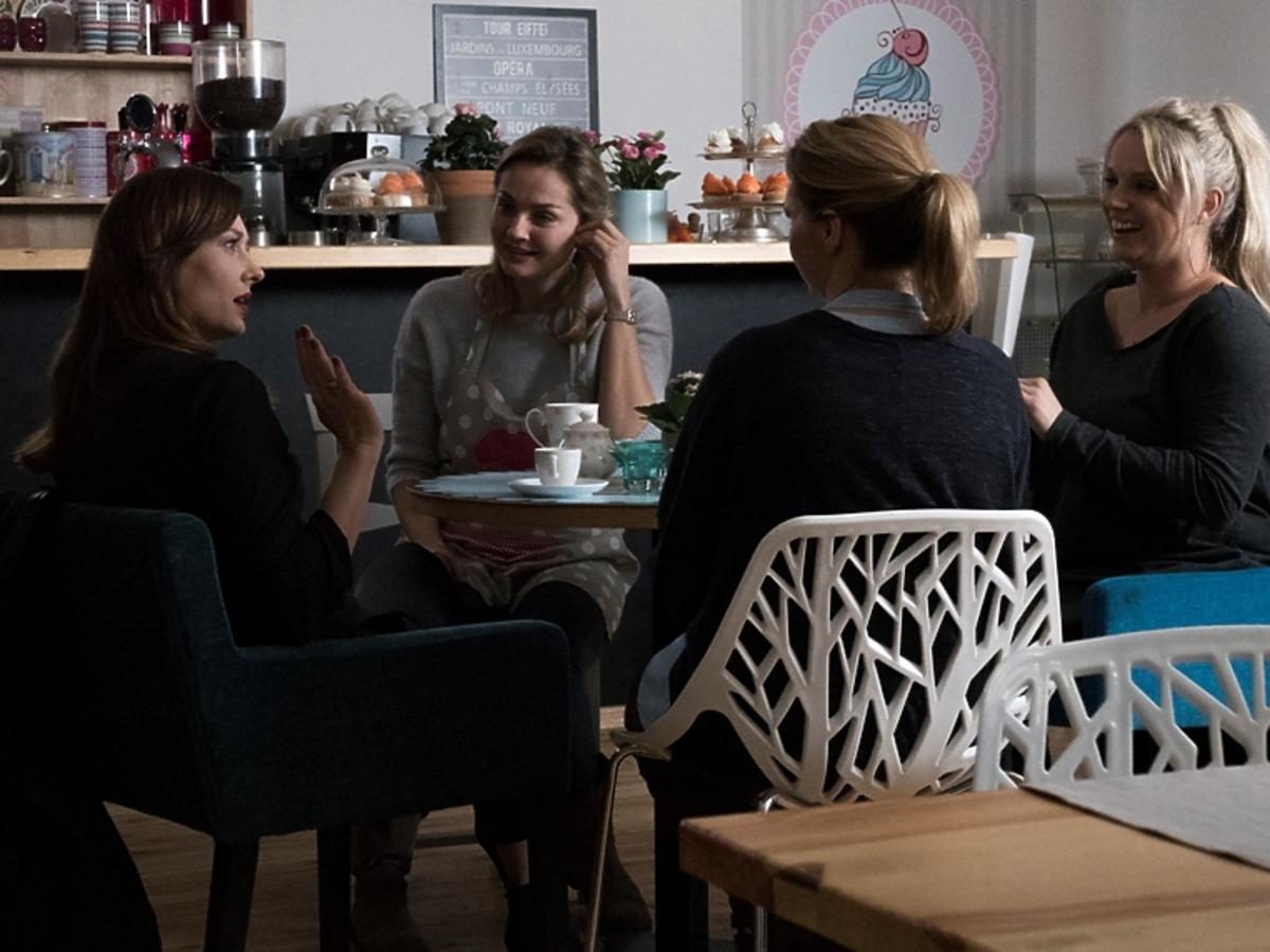 Przyjaciółki sezon 7. Joanna Liszowska, Anita sokołowska, Magdalena Stużyńska, Małgorzata Socha