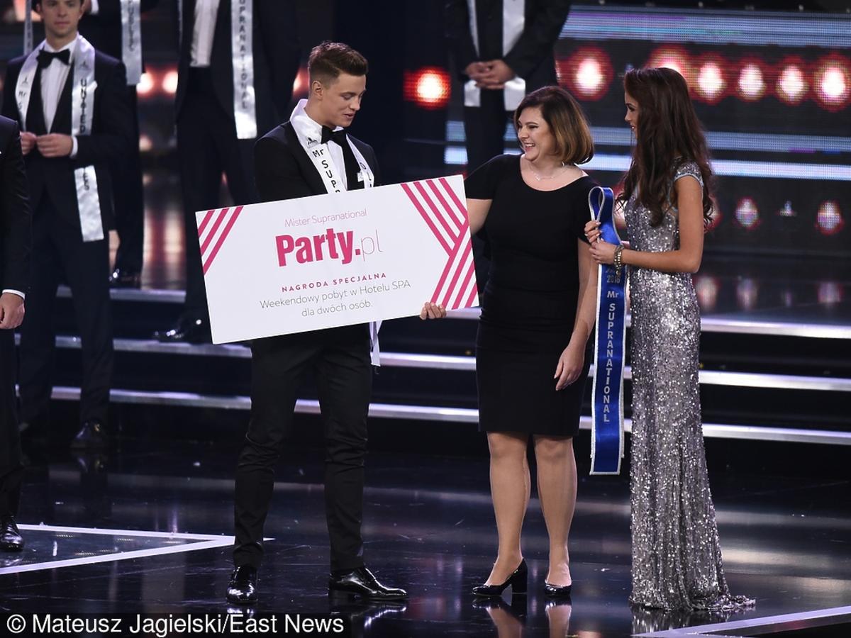 Rafał Jonkisz ze specjalną nagrodą Party.pl podczas Mister Supranational