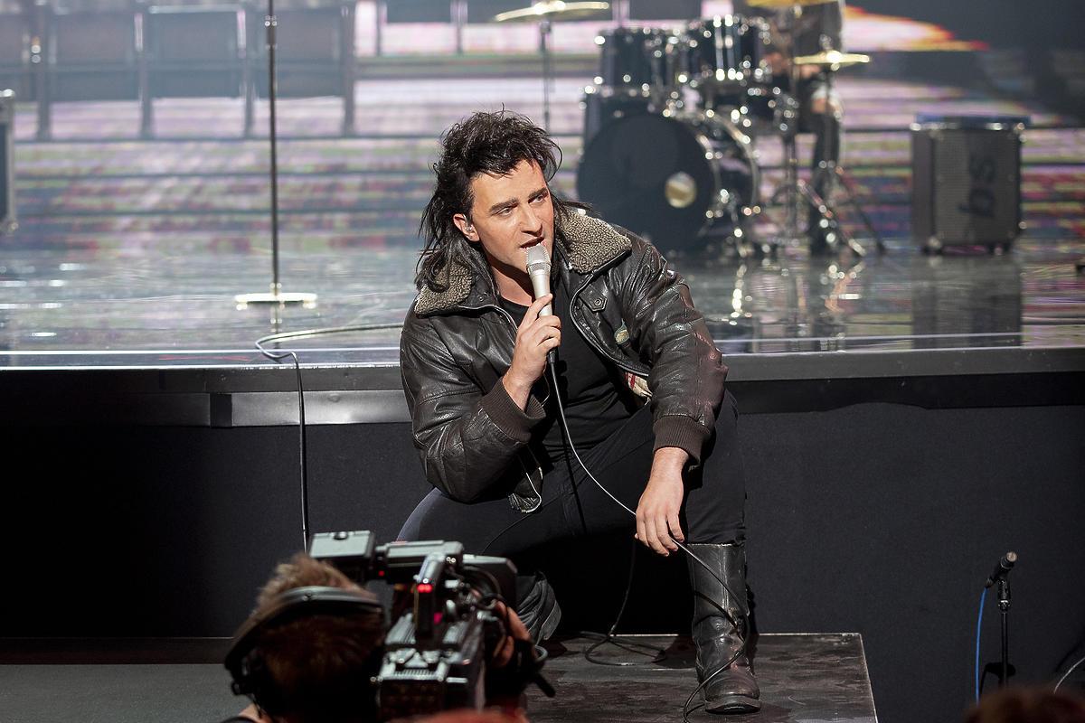 """Rafał Szatan jako Bono zaśpiewał """"Pride (In The Name Of Love)"""""""