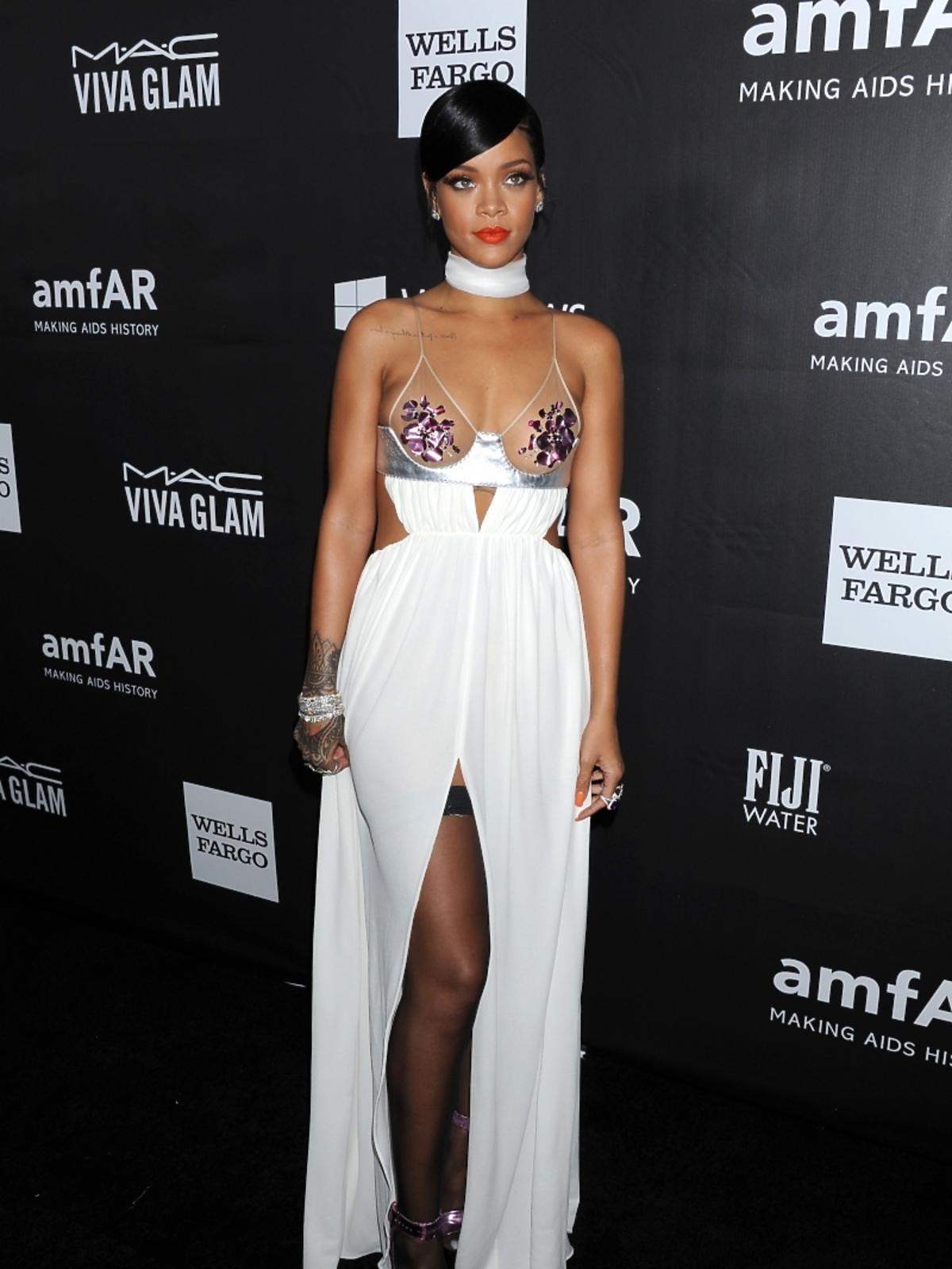 Rihanna na amfAR LA Inspiration Gala 2014