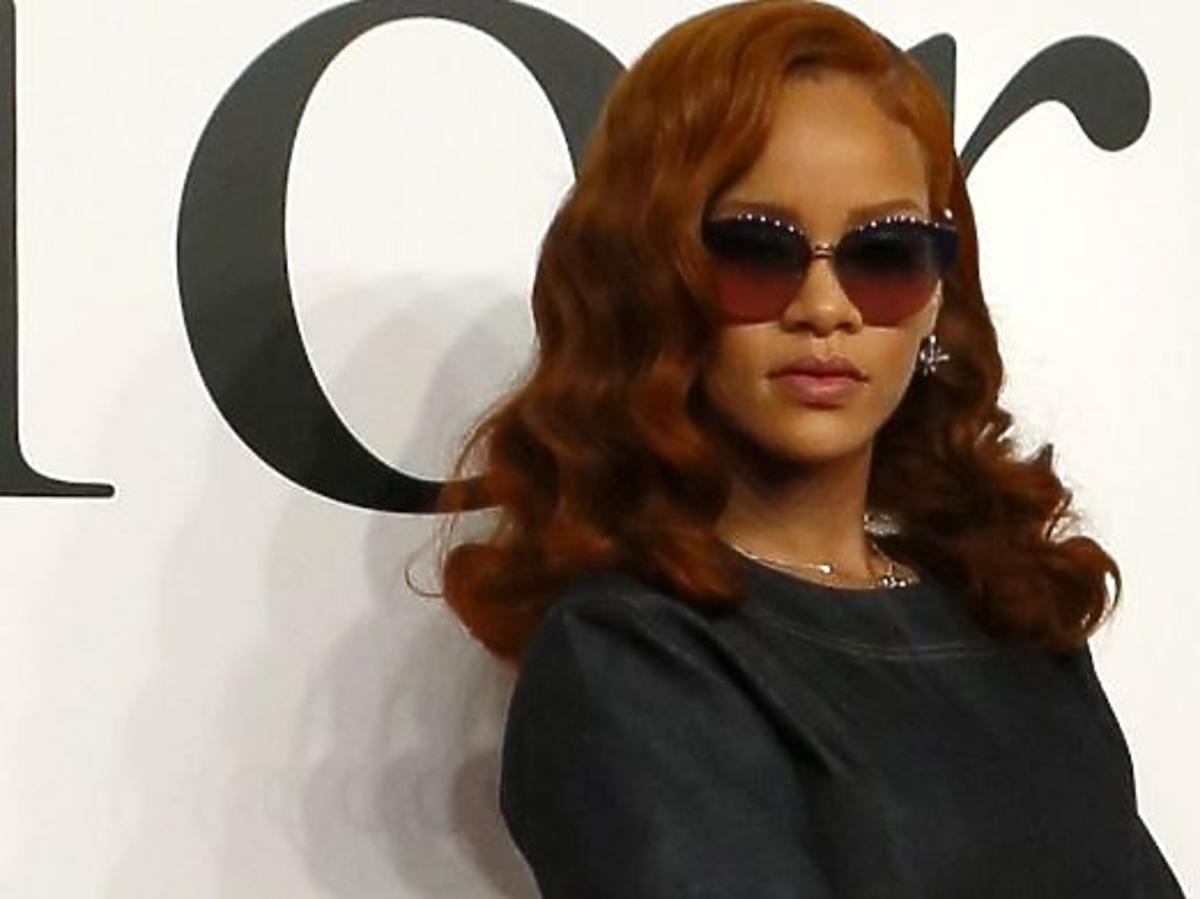 Rihanna zmienia styl