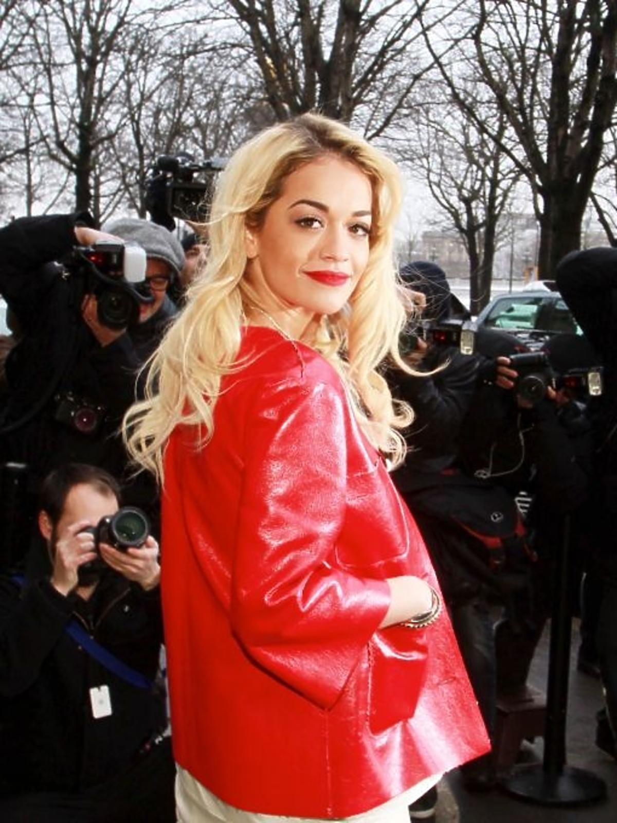 Rita Ora na pokazie Chanel Haute Couture wiosna/lato 2013