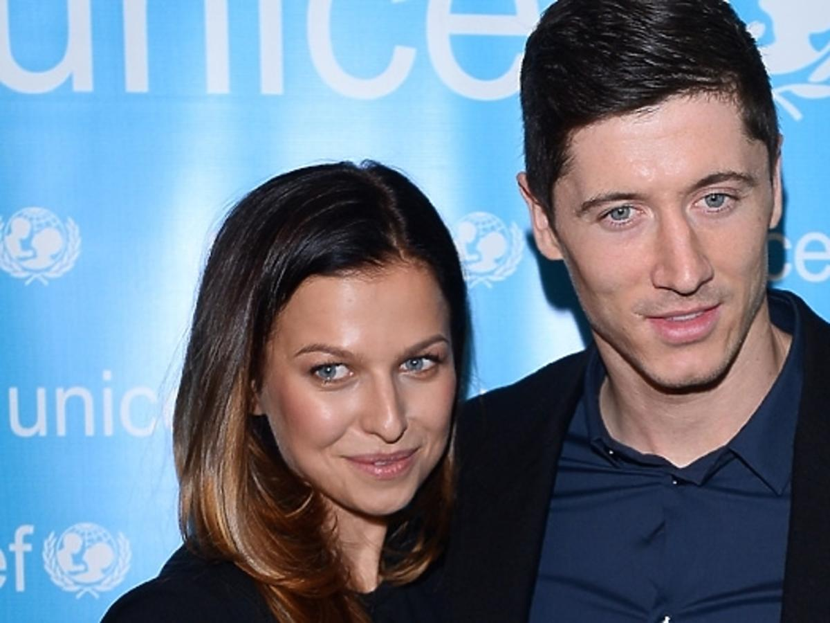 Robert Lewandowski zabrał żonę na romantyczną kolację do Paryża