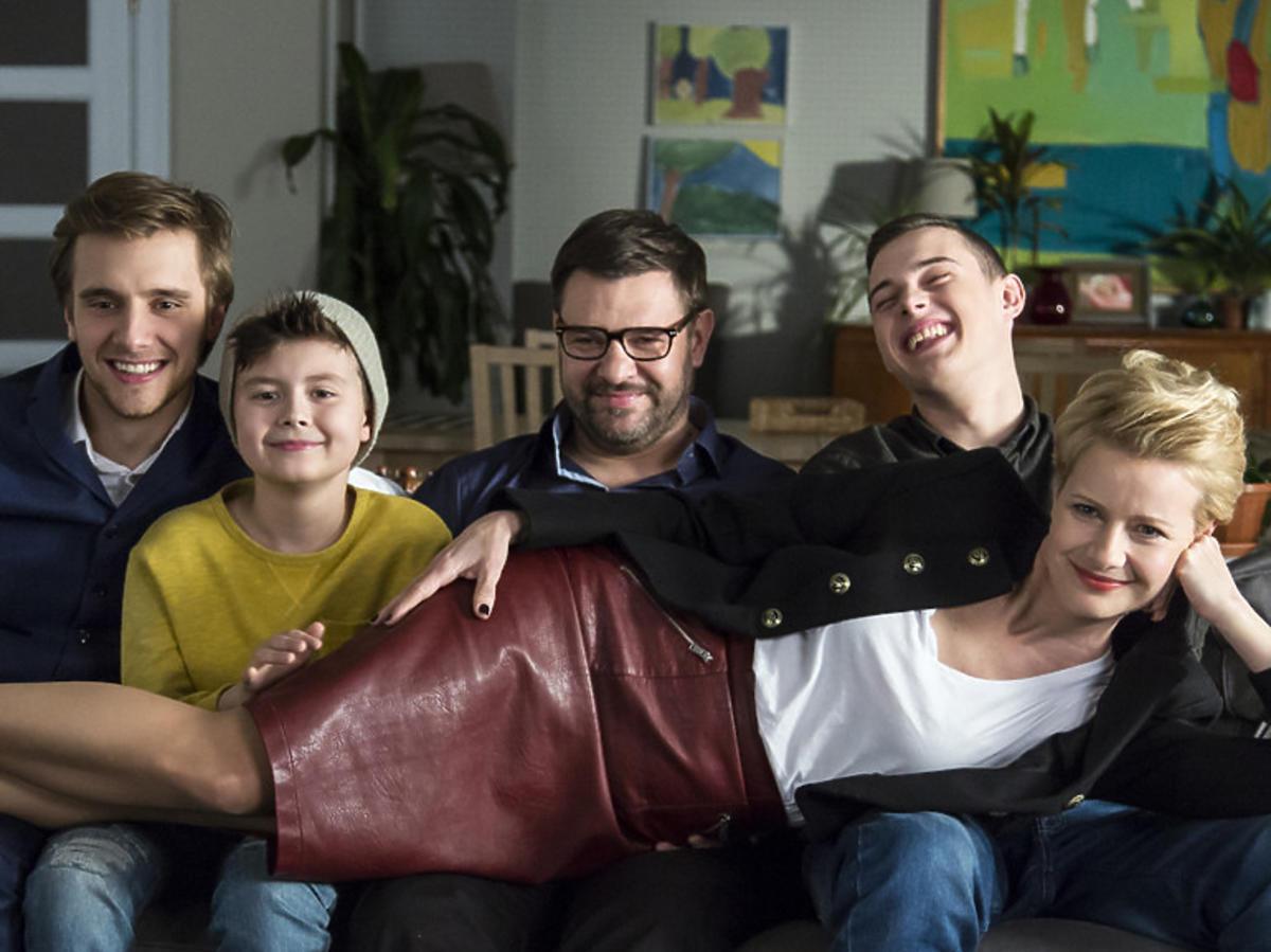 Rodzinka.pl spada z anteny. Ile na tym stracą aktorzy?