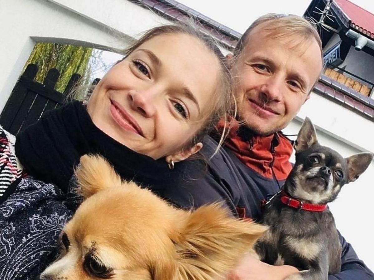 Rolnik szuka żony, Marta i Paweł trzymają psy