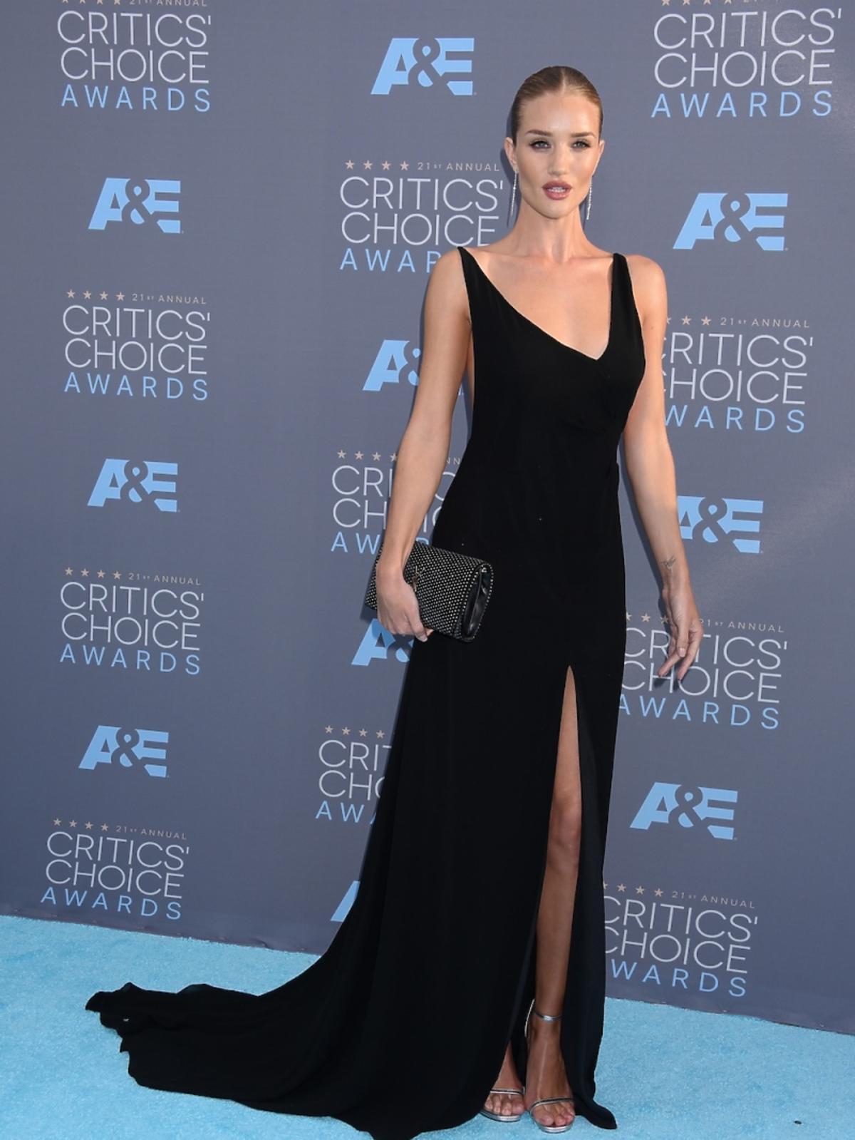 Rosie Huntington-Whiteley na Critics Choice Awards 2016