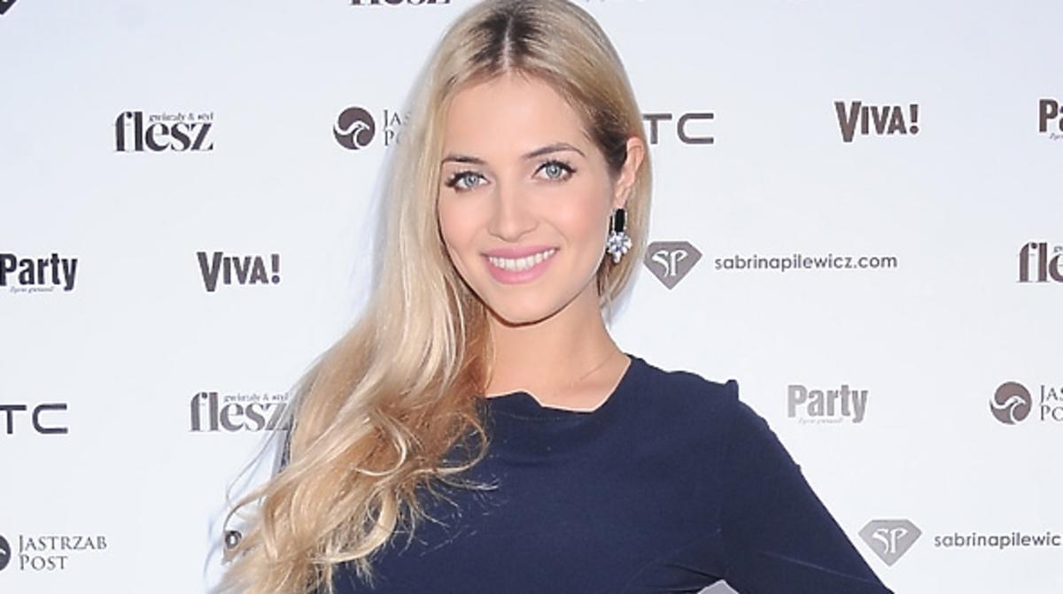 Rozalia Mancewicz pokazała ciążowy brzuszek