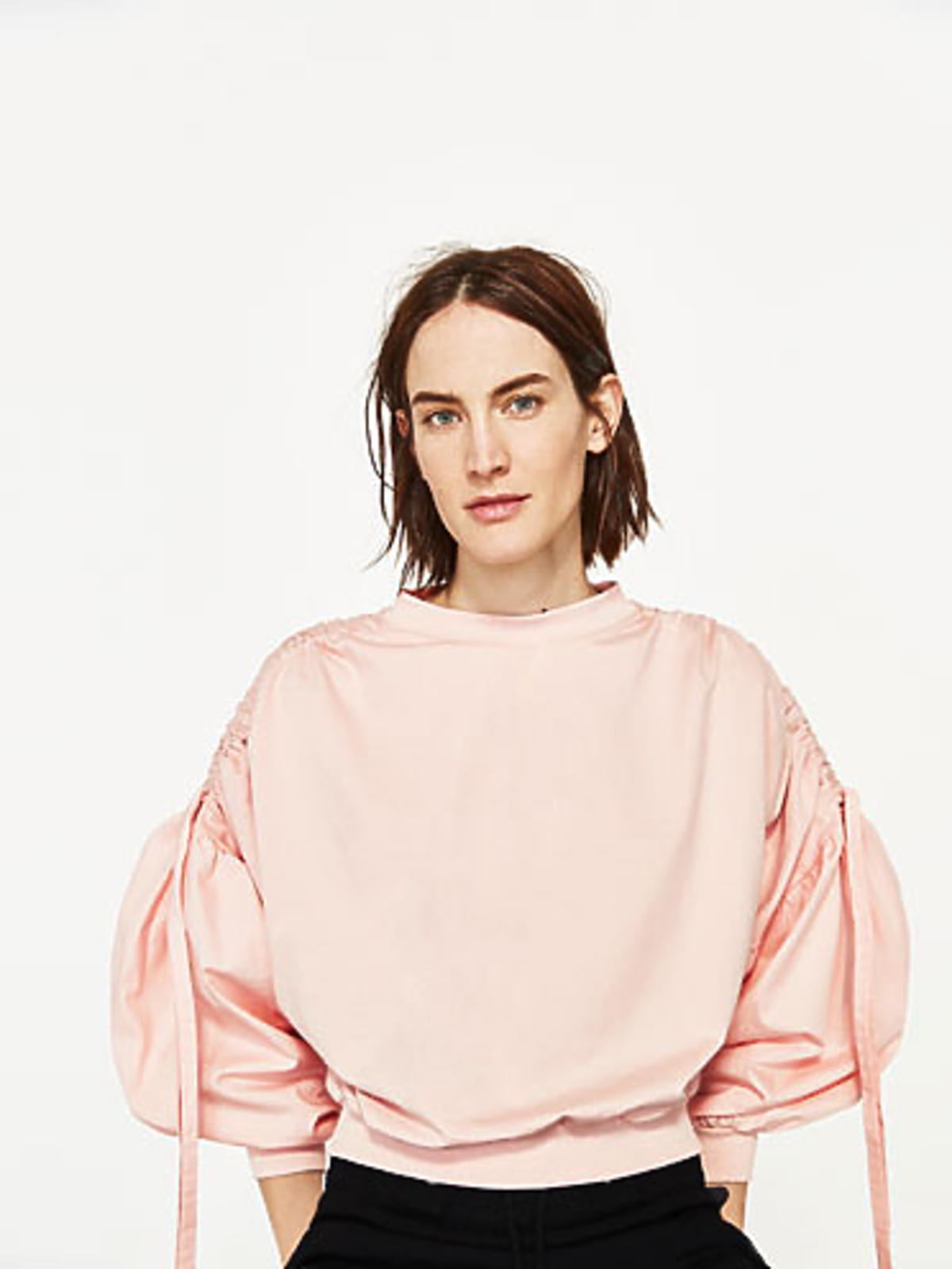 Różowa bluza z bufkami