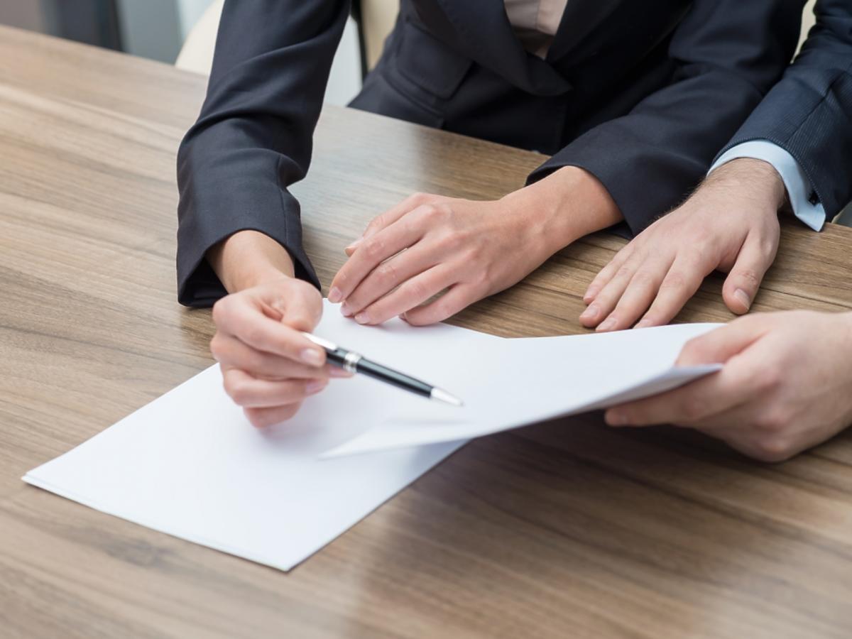 rozpatrzenie umowy