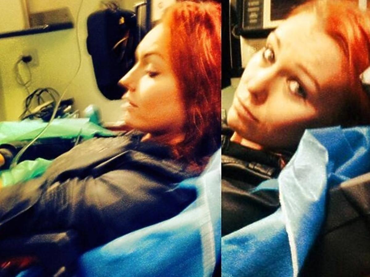 Ruda z Red Lips w szpitalu. Ruda z Red Lips wypadek. Wypadek Rudej z Red Lips. Co się stało Rudej z Red Lips