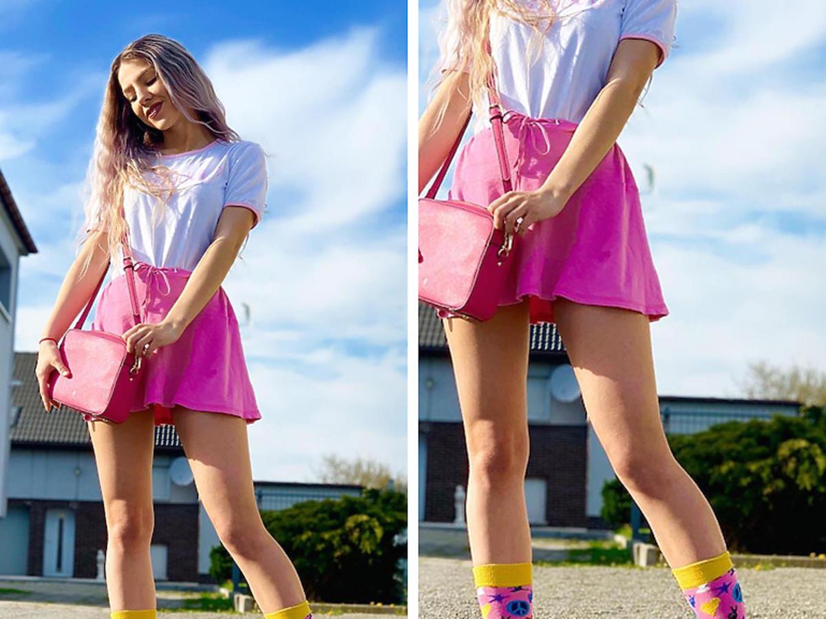 Sabina Pawlik w różowej spódnicy
