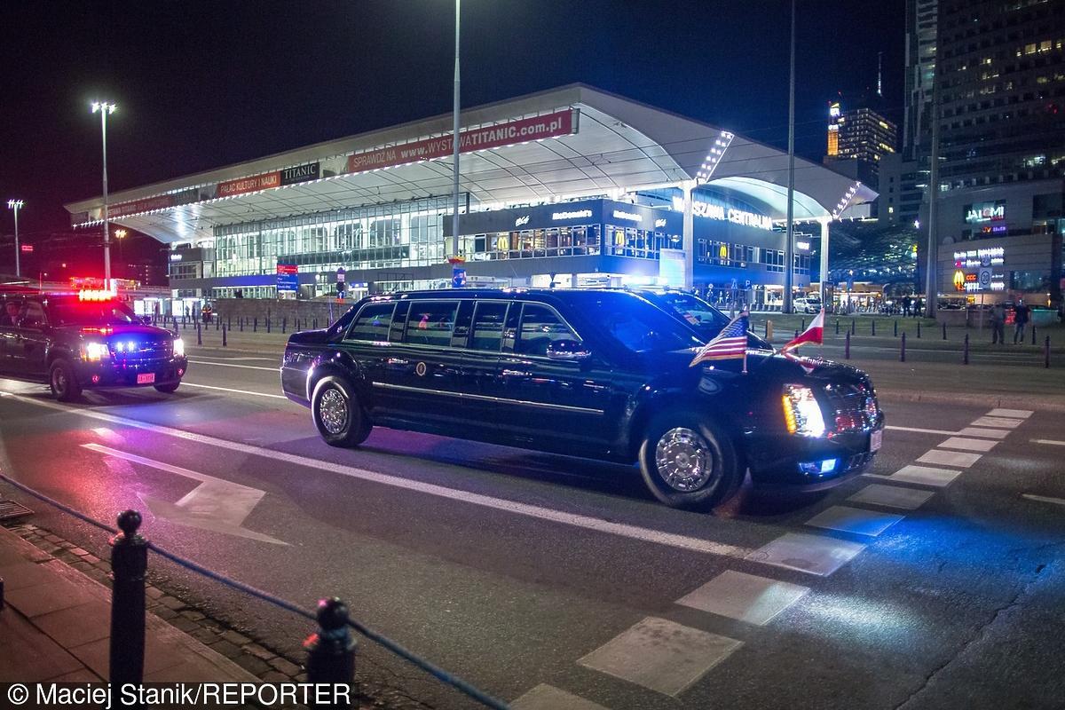 Samochód Baracka Obamy na zjeździe NATO