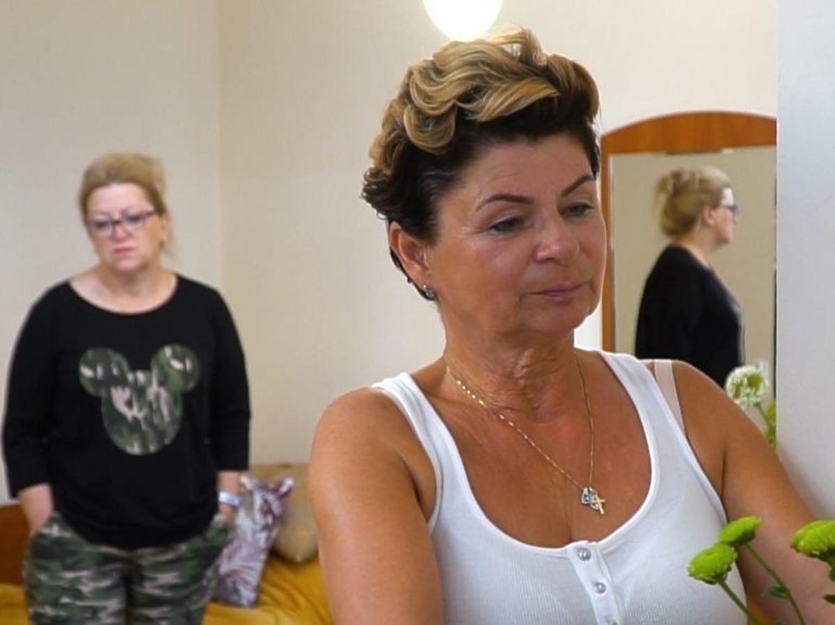 Sanatorium miłości: Anna i Janina w hotelowym pokoju