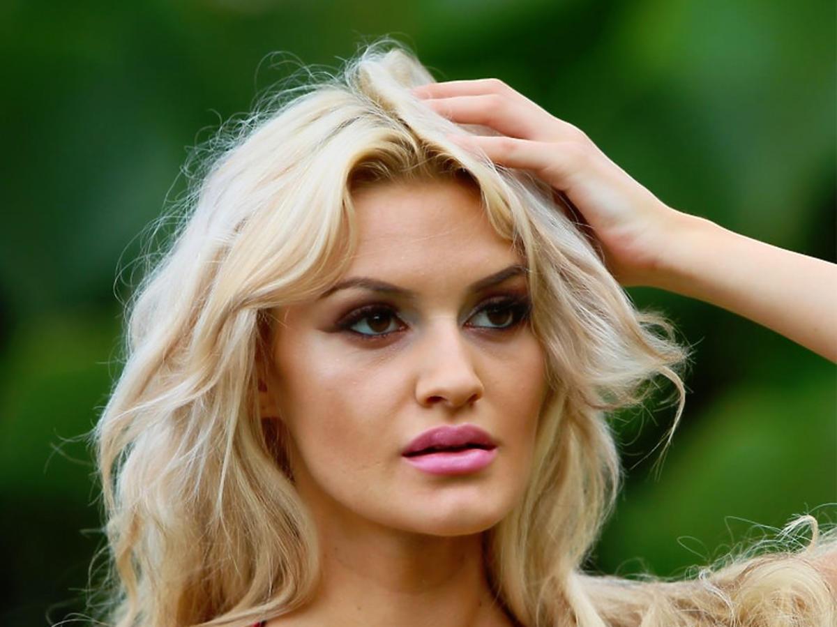 "Sandra Mosakowska - uczestnicy programu ""Hotel Paradise"""