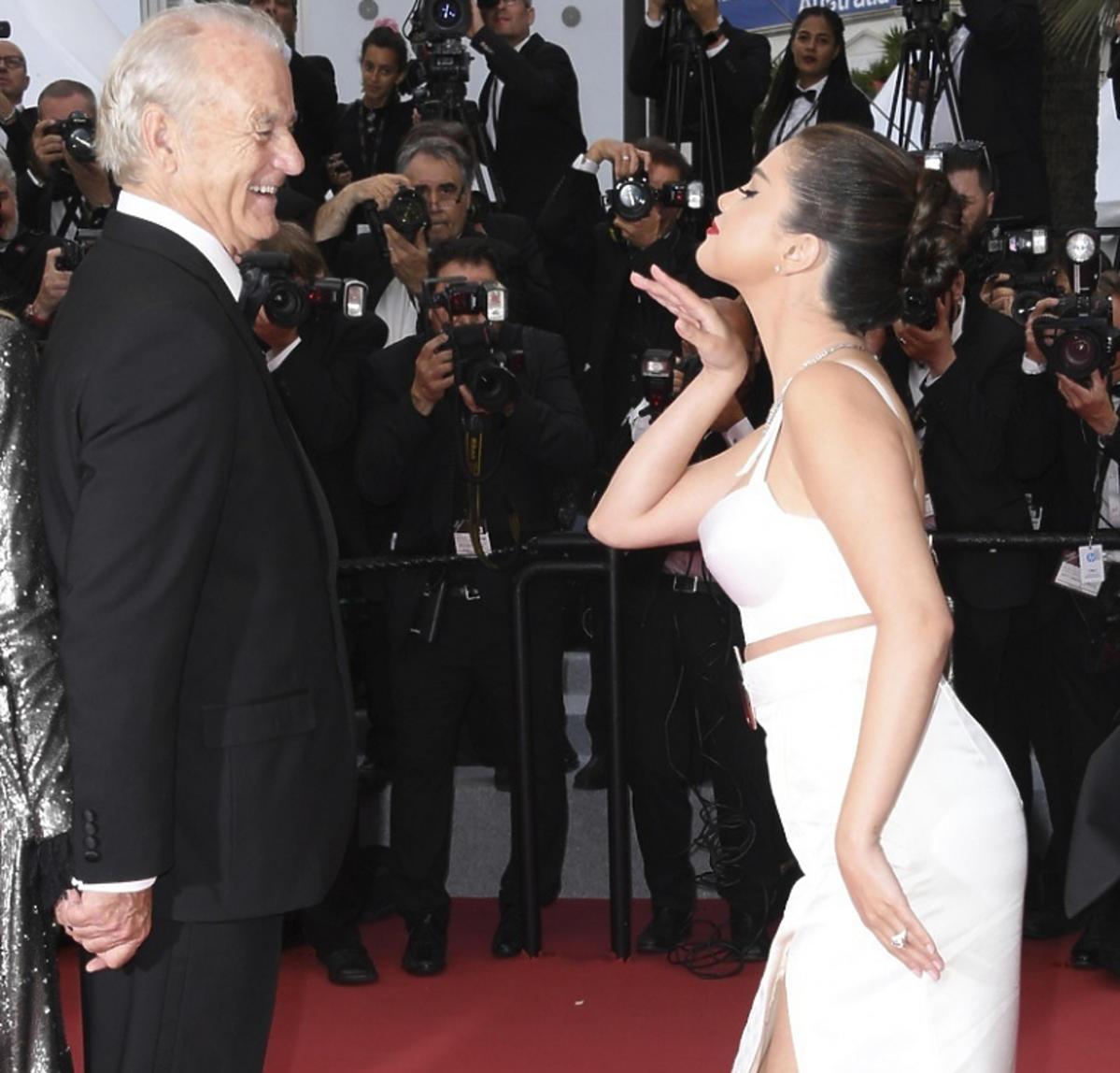 Selena Gomez i Bill Murray w Cannes kontrowersyjne pocałunki