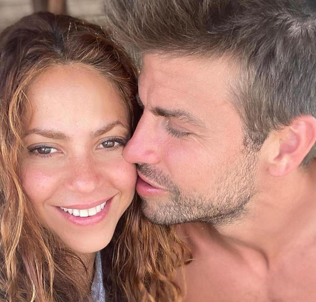 Shakira i Gerard Pique całują się