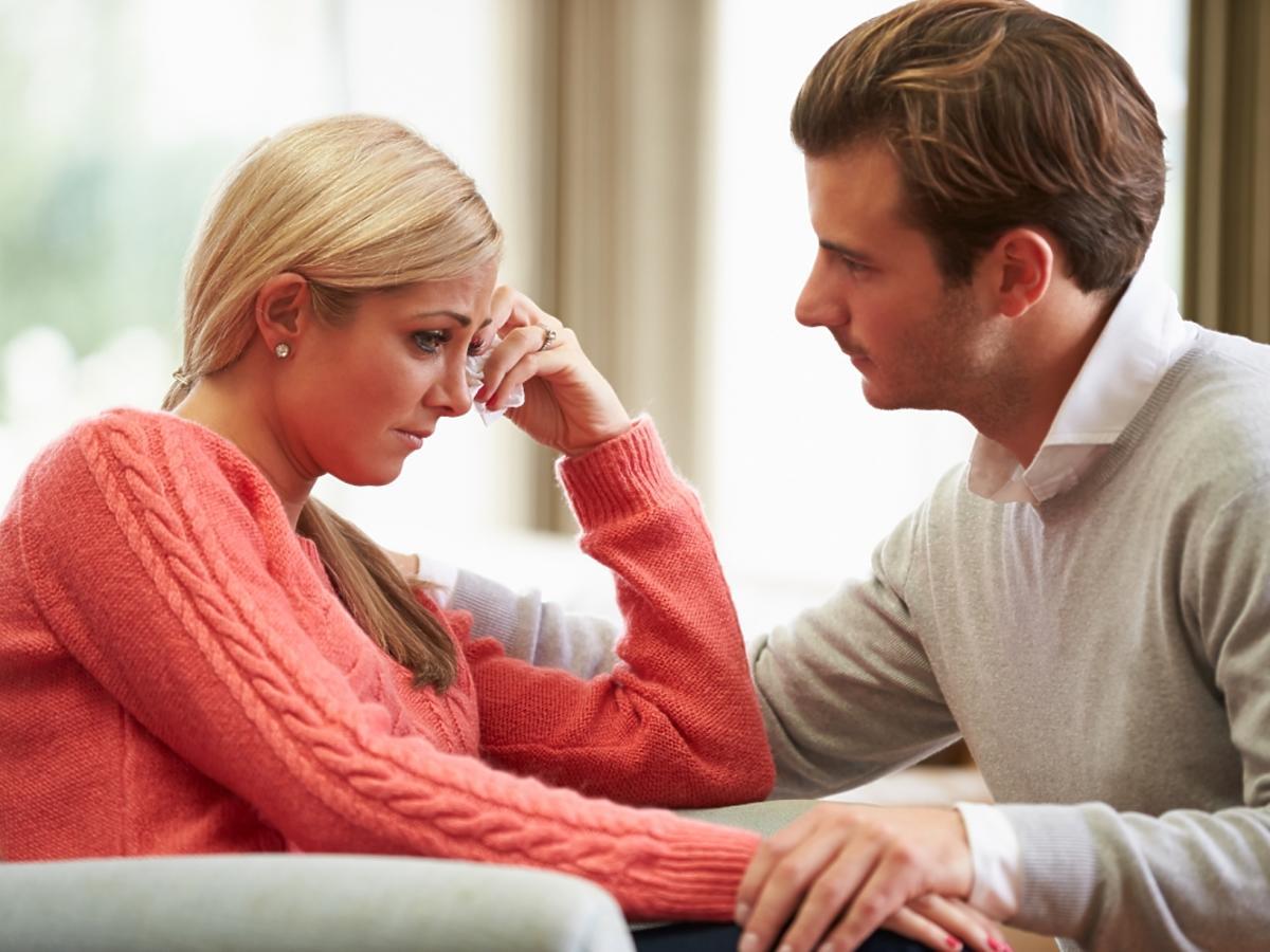 smutna kobieta z mężem