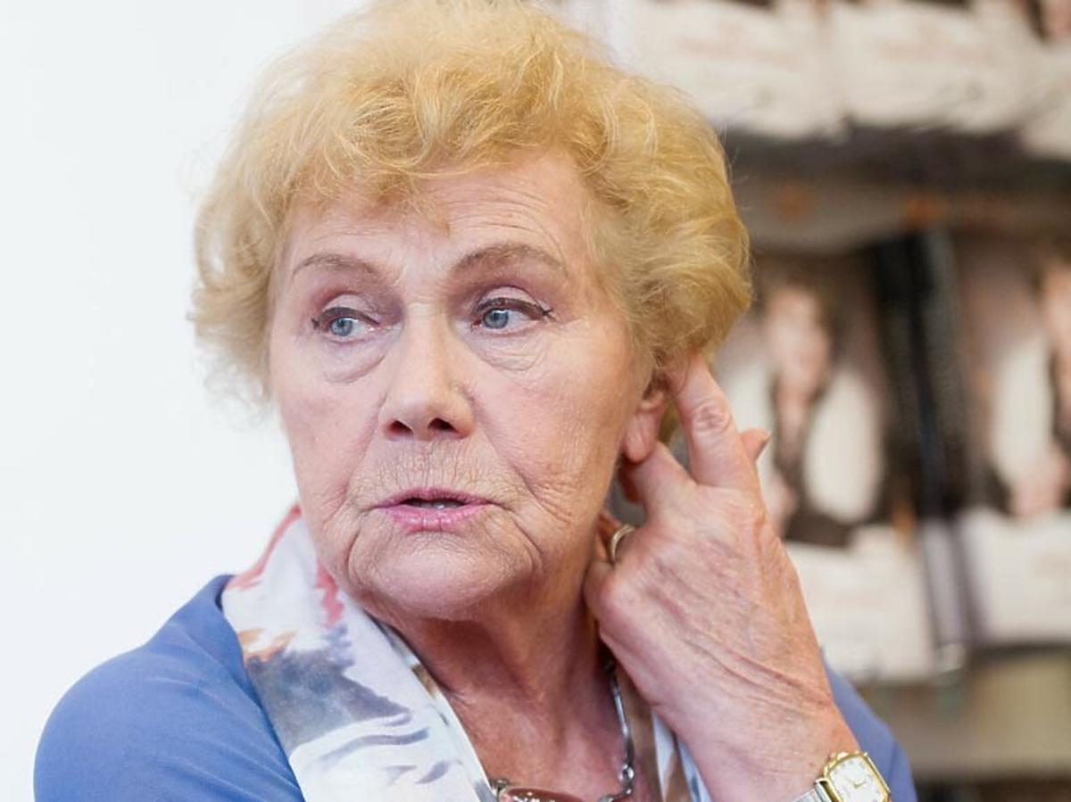Smutna Teresa Lipowska