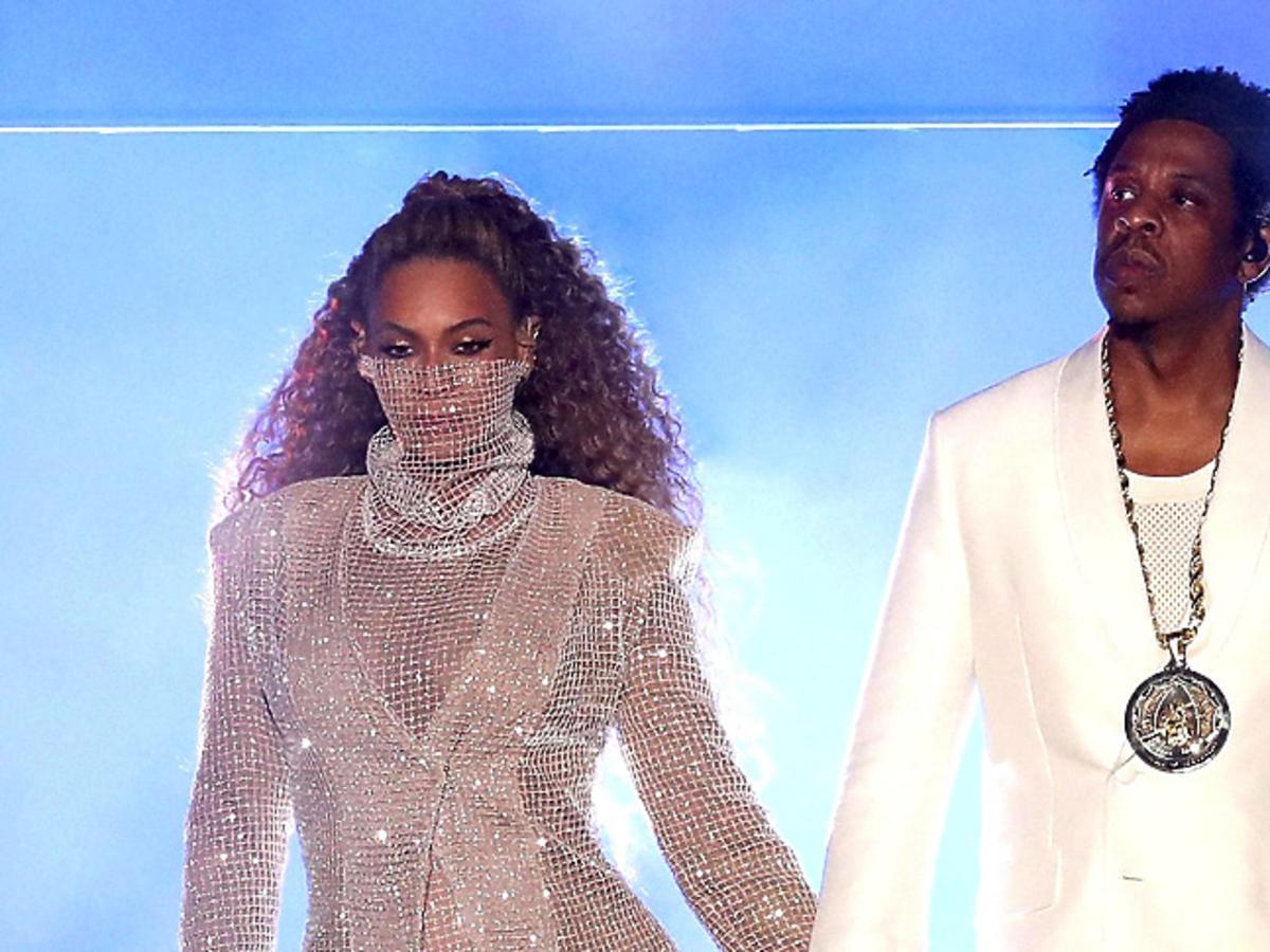 Stylizacje Beyonce z koncertu w Cardiff