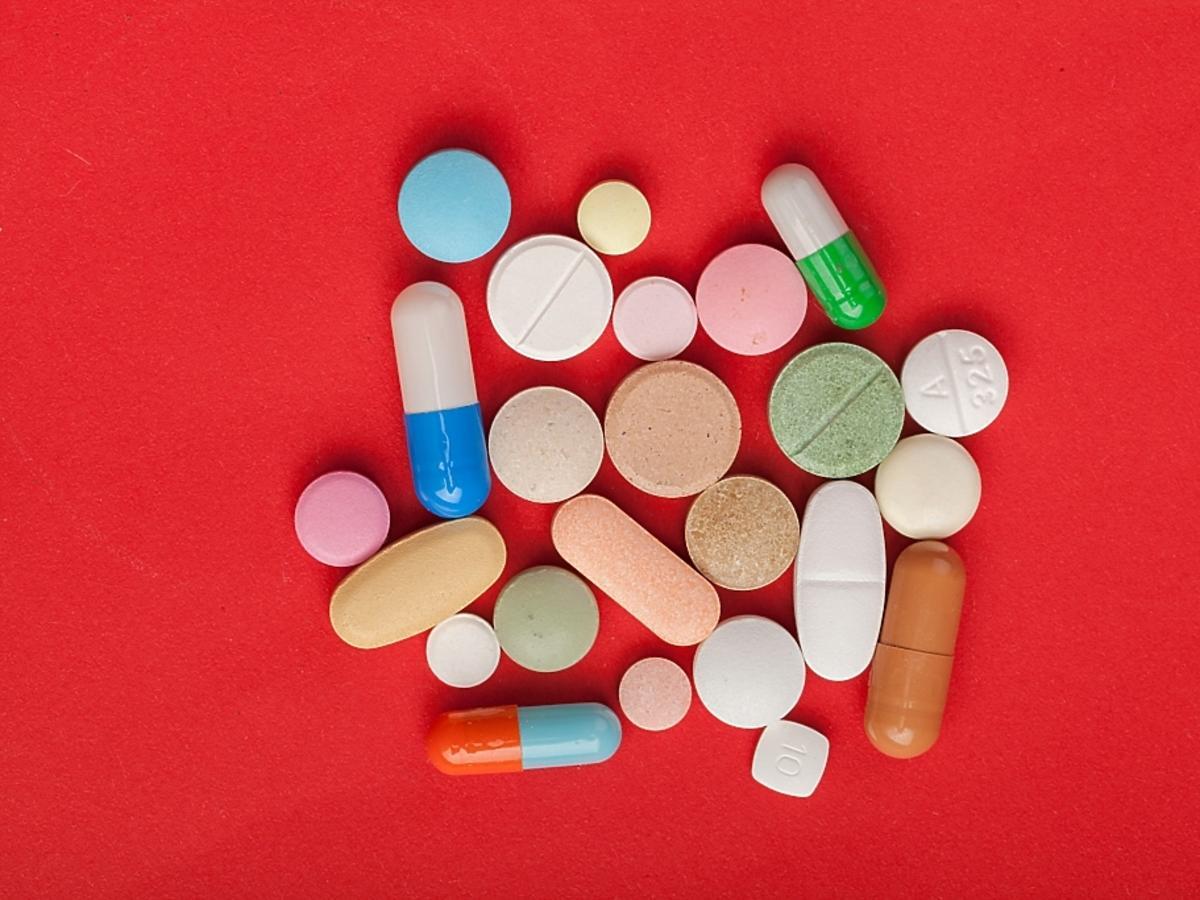 suplementy diety w tabletkach i kapsułkach