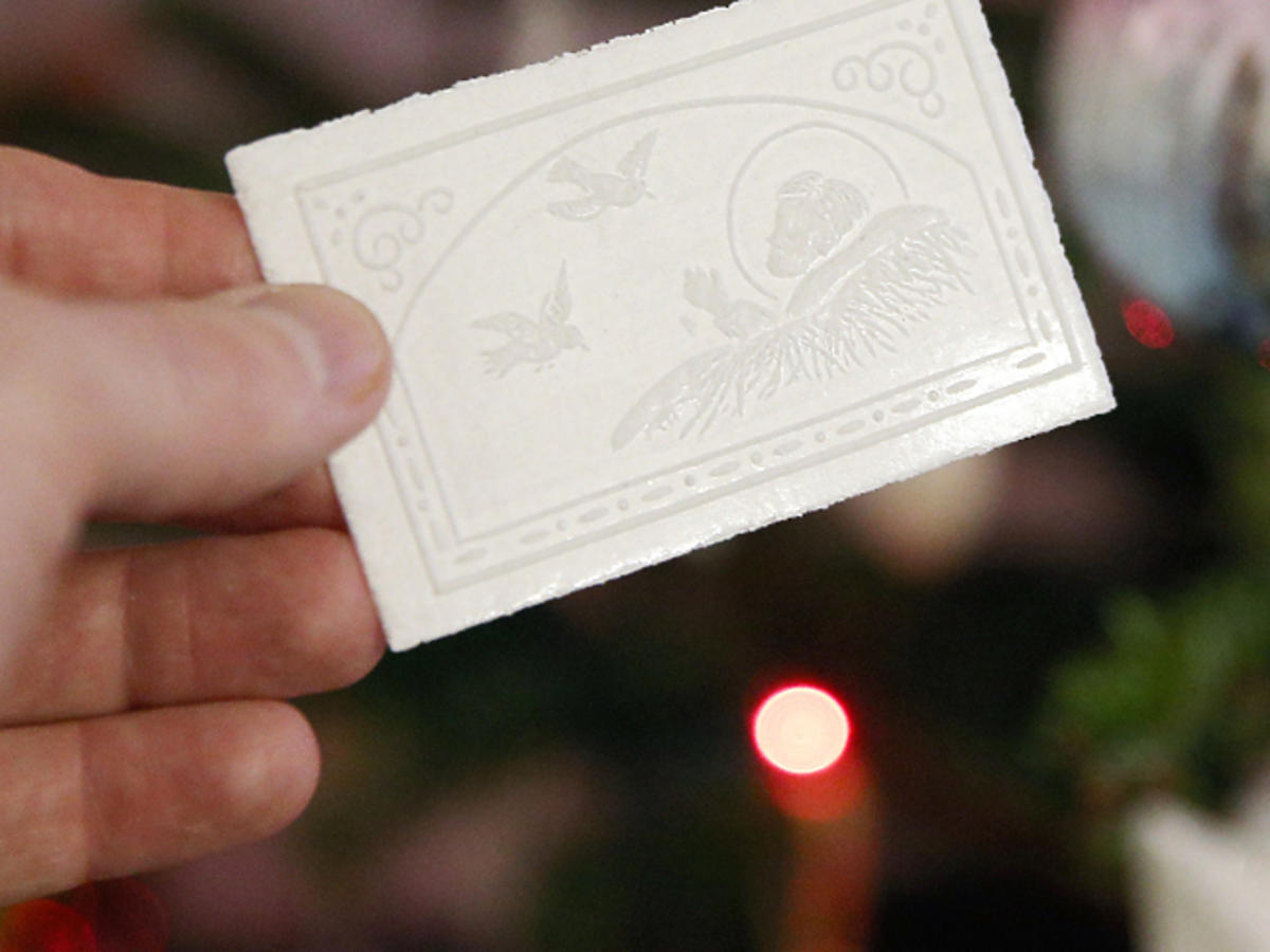 Święta, Boże Narodzenie, łamanie się opłatkiem