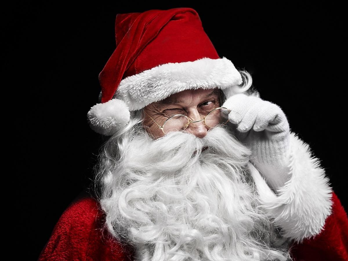 """""""Święty Mikołaj nie istnieje"""" – kiedy i jak powiedzieć o tym dzieciom"""