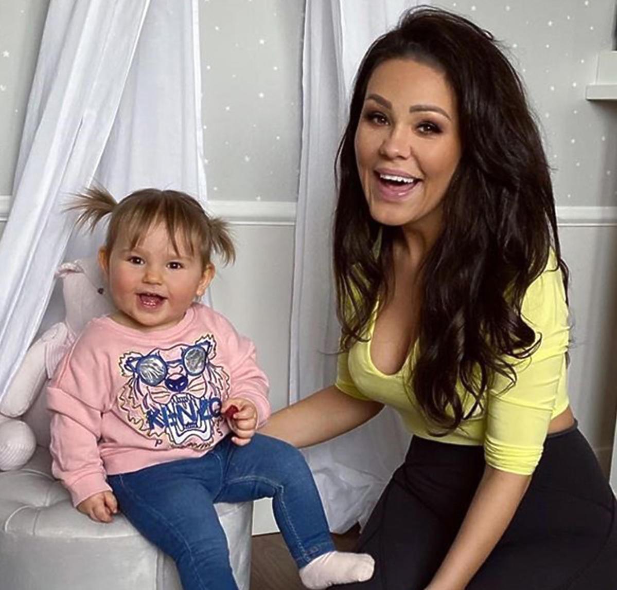 Sylwia Bomba z córką Tosią