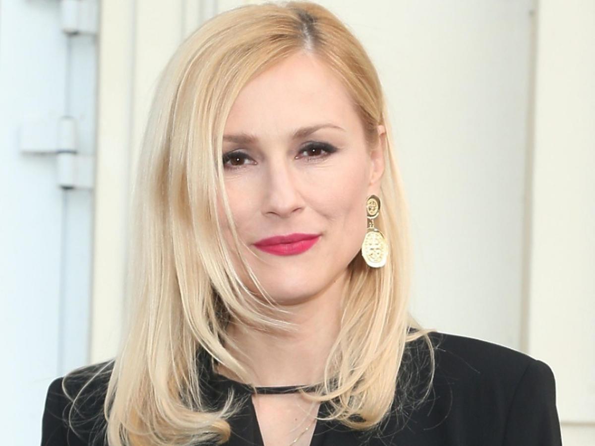 """Sylwia Juszczak na premierze spektaklu """"Powiedzmy miłość"""""""