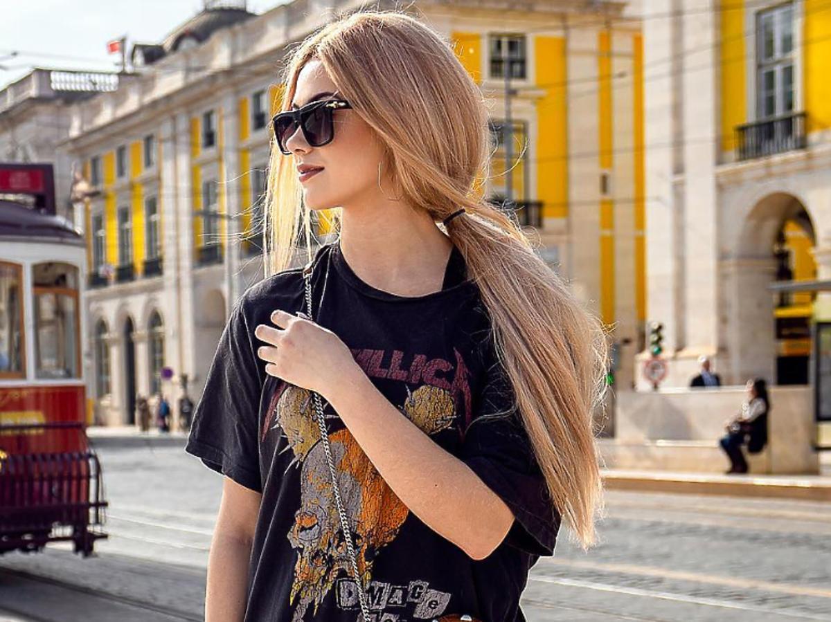 Sylwia Przybysz w czarnej koszulce