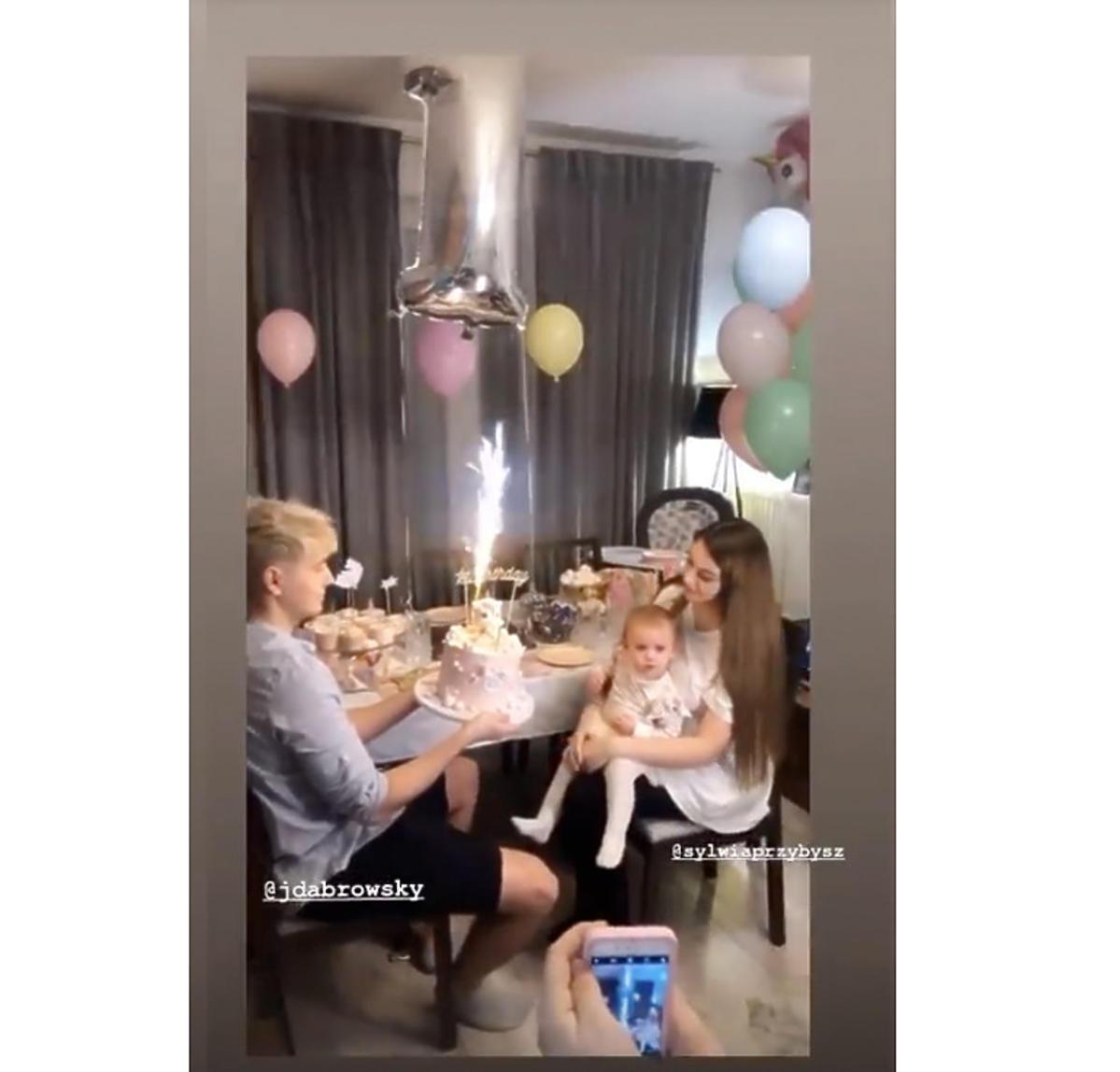 Sylwia Przybysz z córką na urodzinach