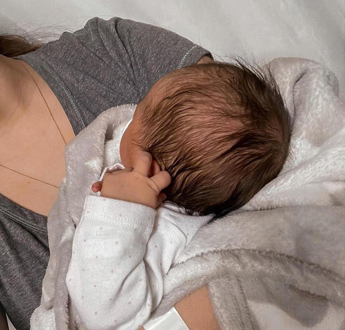 Sylwia Przybysz z dzieckiem