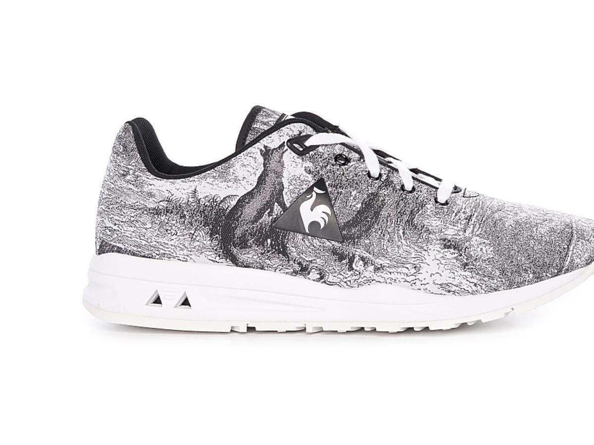 Szaro-srebrne buty sportowe