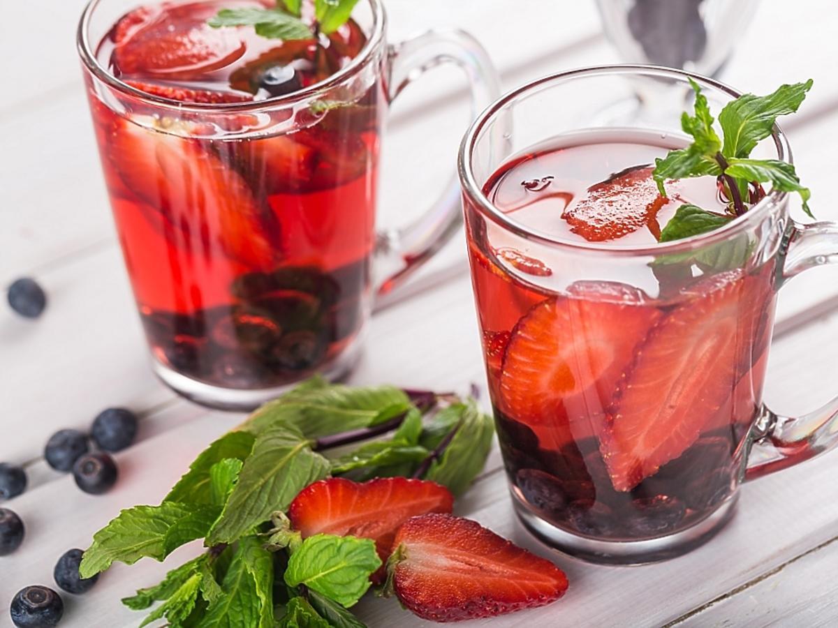 Szklanki z ciepłym napojem