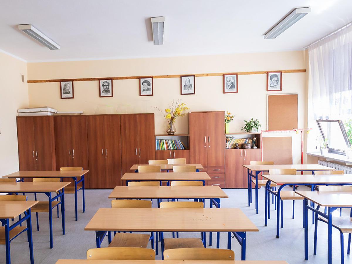 Szkoła klasa lekcje koronawirus