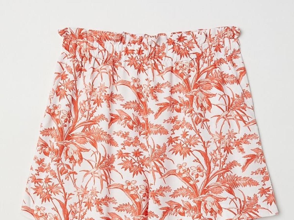 szorty w kwiatki z H&M