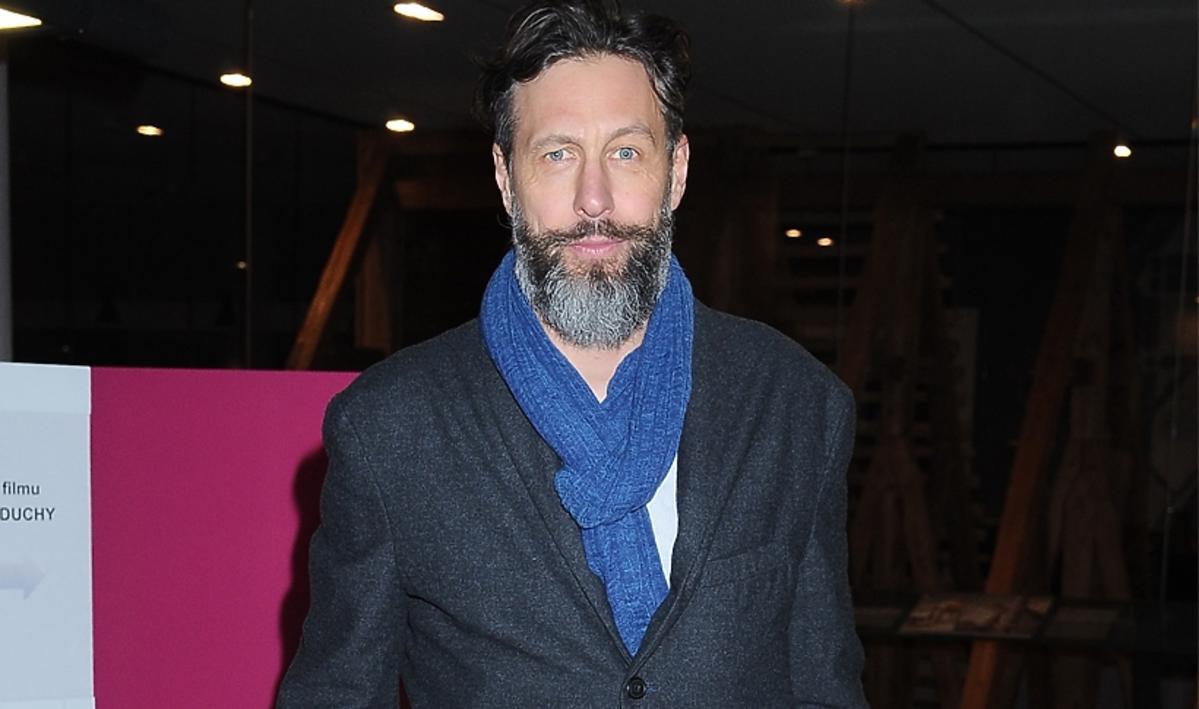 Szymon Majewski z brodą