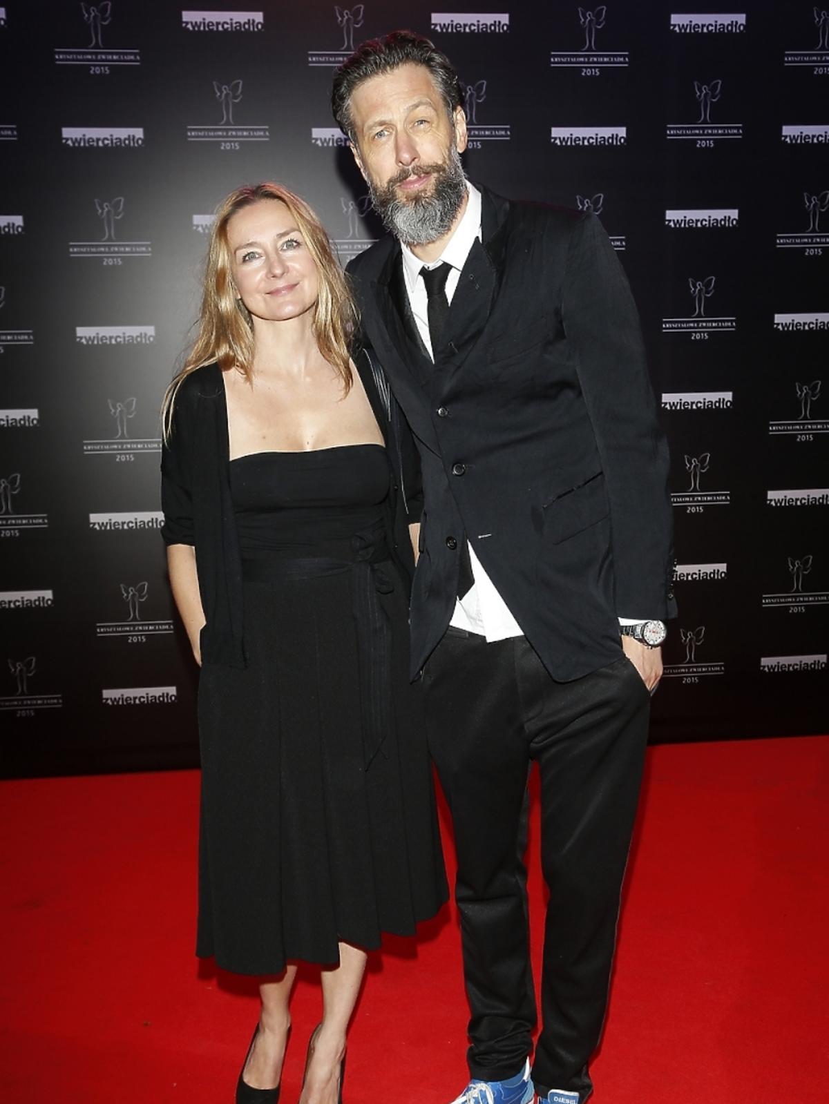 Szymon Majewski z żoną  na rozdaniu nagród Kryształowe Zwierciadła